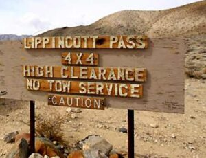 Lippencott Canyon - Black Rhino Expeditions - Death Valley